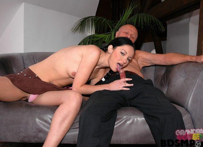 Vidéo de sexe réel première fois